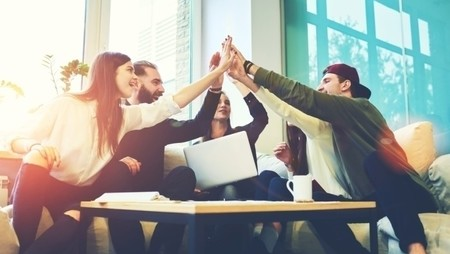 35 Awesome Employee Recognition Ideas You Need to Try