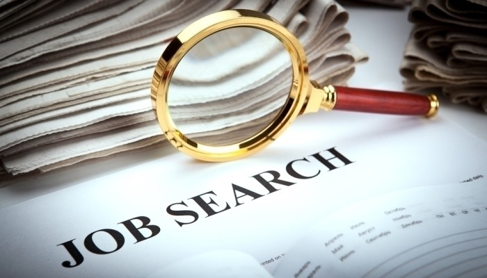 executive job search magnifying glass