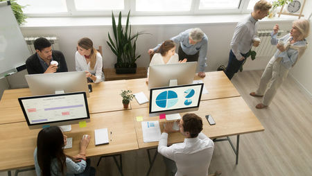 Hot Desking: The Pros and Cons of Sharing a Workspace